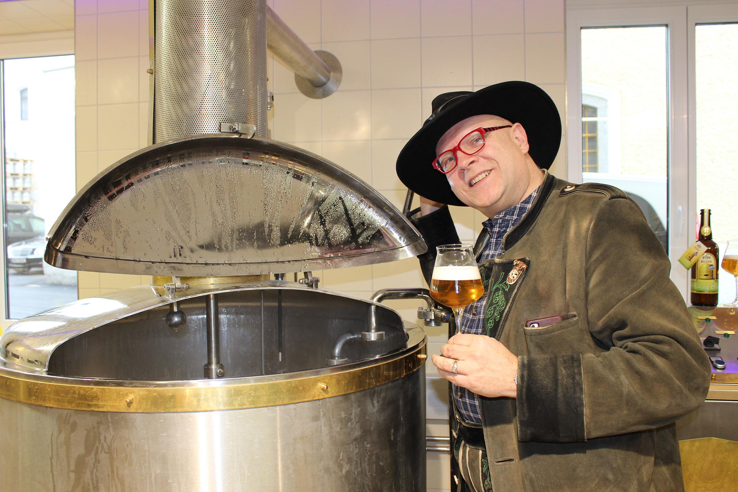 Conrad Seidl verkostet Rieder Bier